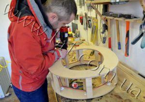 изготовление деревянных букв с лампочками